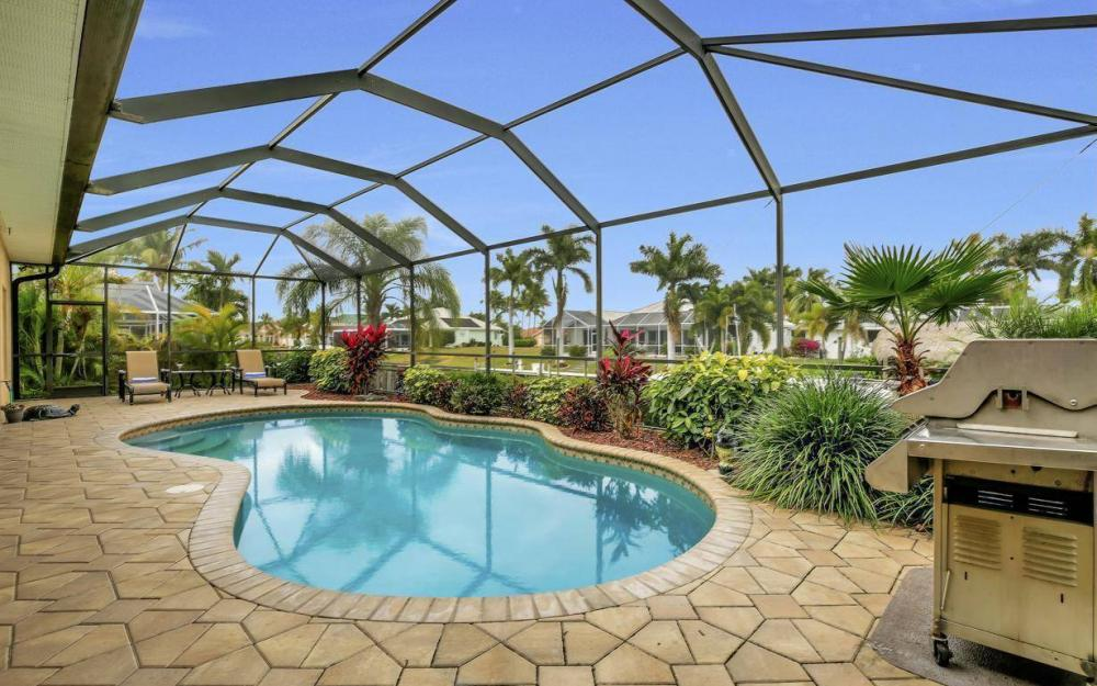 4925 SW 9th Pl, Cape Coral - Home For Sale 571554351