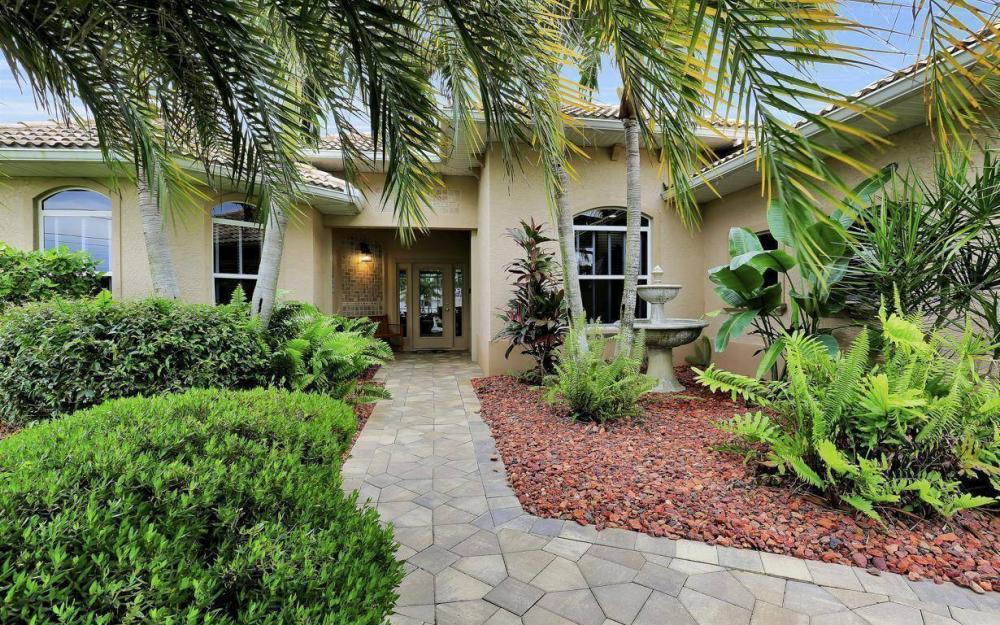 4925 SW 9th Pl, Cape Coral - Home For Sale 1616677337
