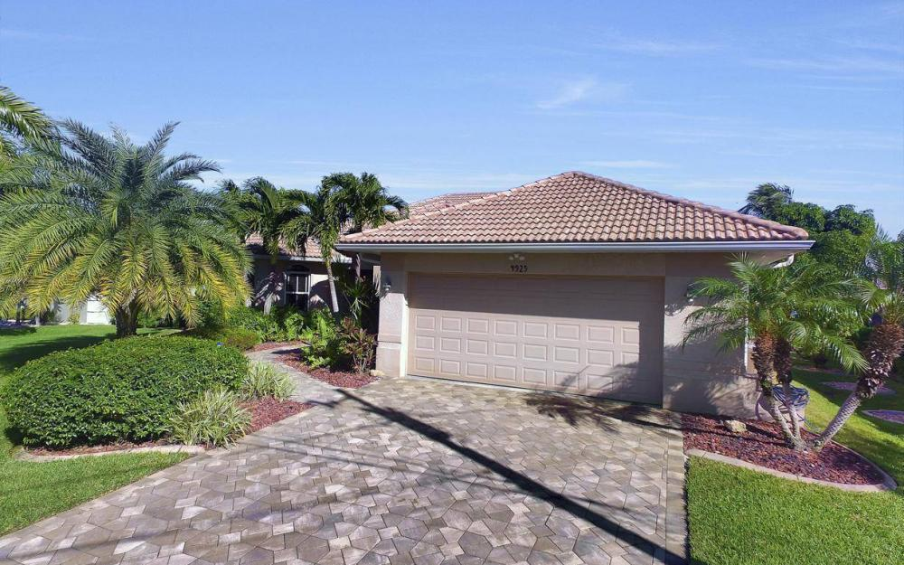 4925 SW 9th Pl, Cape Coral - Home For Sale 1960553444