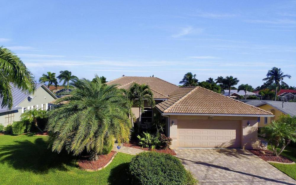 4925 SW 9th Pl, Cape Coral - Home For Sale 1200461662