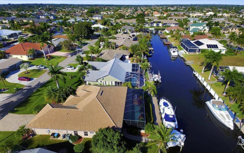 4925 SW 9th Pl, Cape Coral - Home For Sale 1948539002