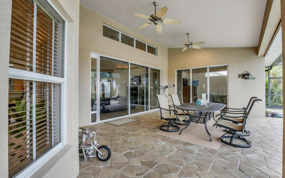 4925 SW 9th Pl, Cape Coral - Home For Sale 1026946039