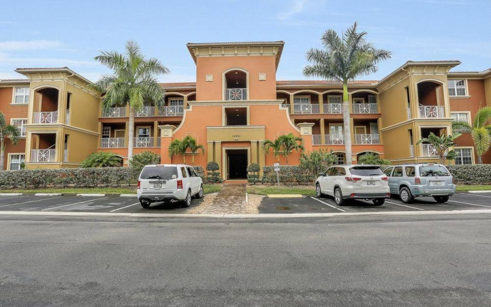 14961 Reflection Key Cir #422, Fort Myers - Condo For Sale 1487799591