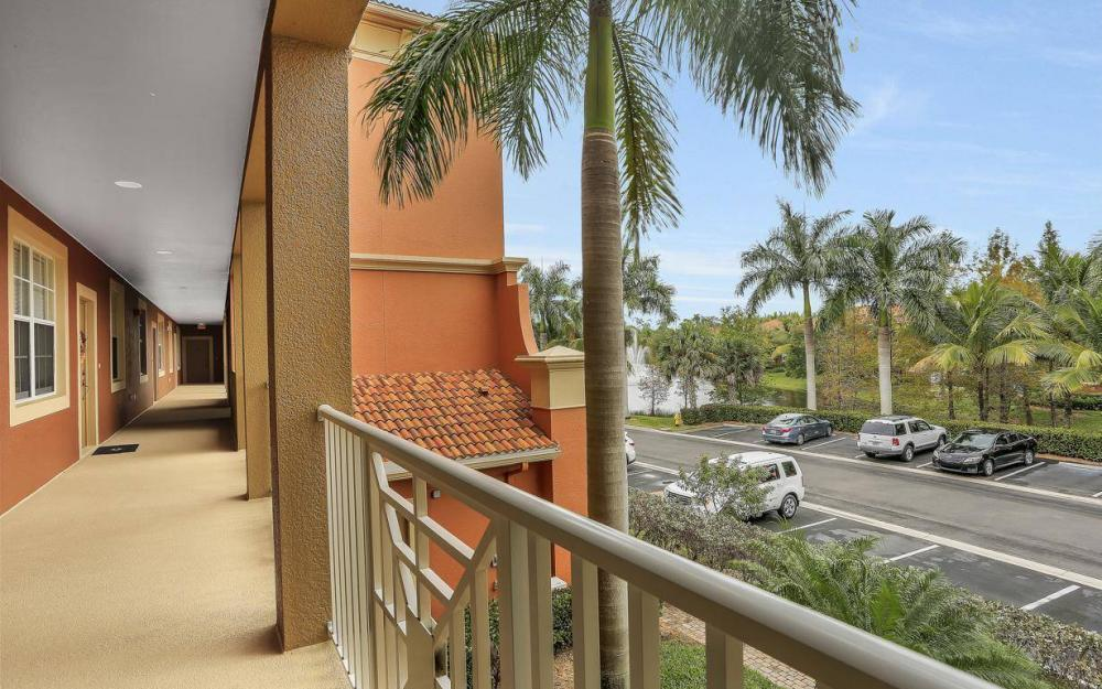 14961 Reflection Key Cir #422, Fort Myers - Condo For Sale 2106351986