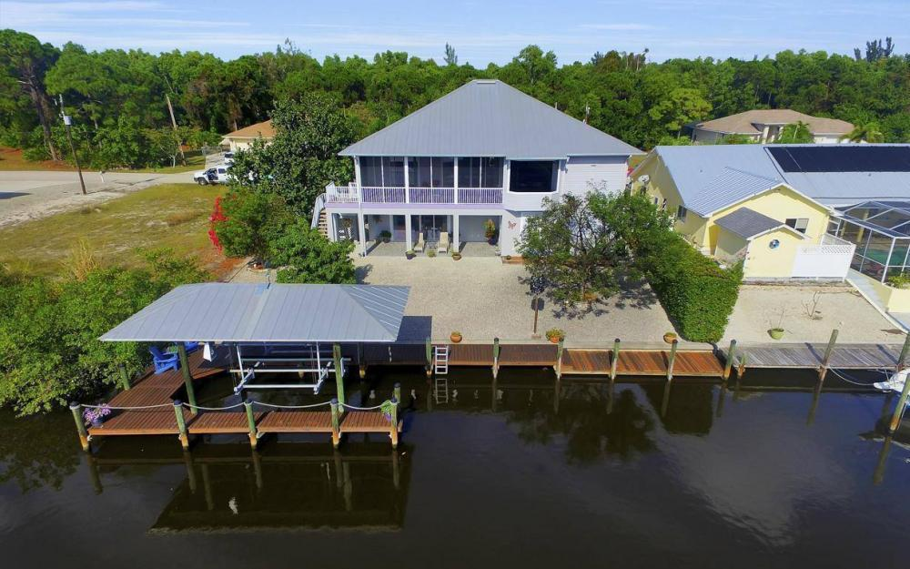 3687 Manatee Dr, St James City - Home For Sale 1219312421