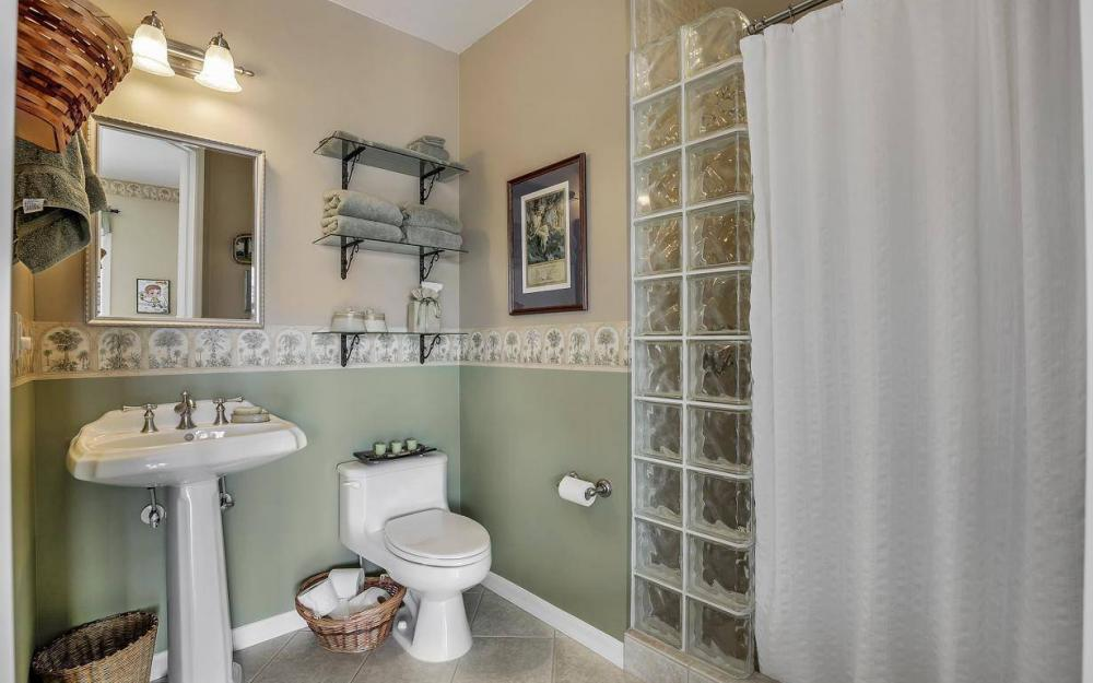 3687 Manatee Dr, St James City - Home For Sale 626010969