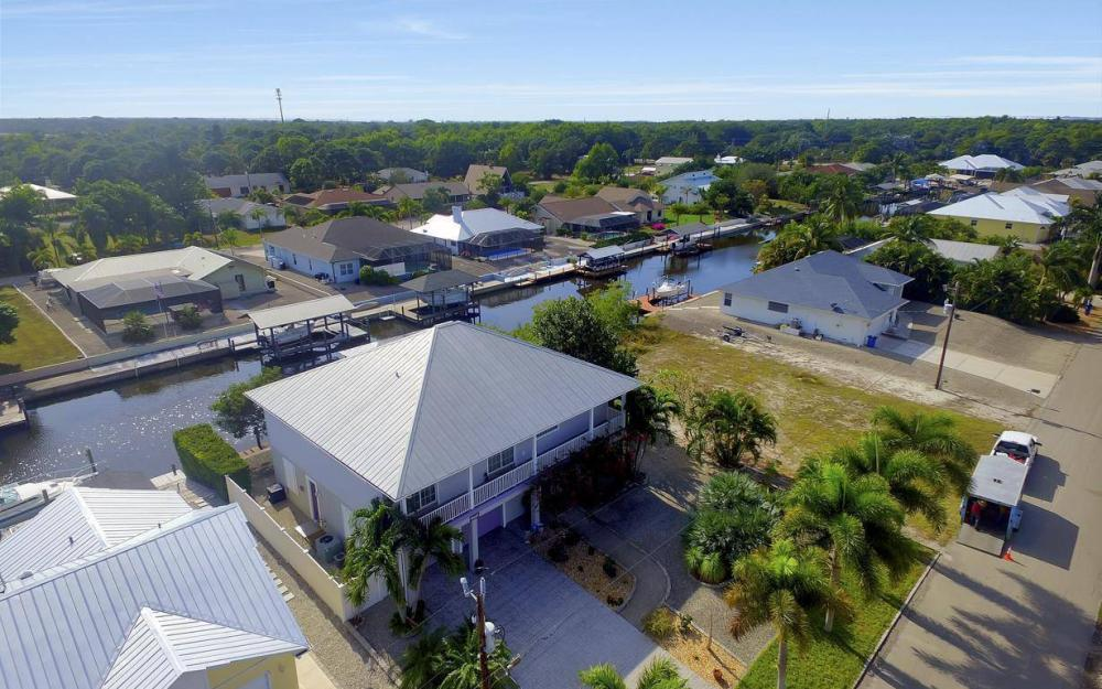 3687 Manatee Dr, St James City - Home For Sale 1580028425