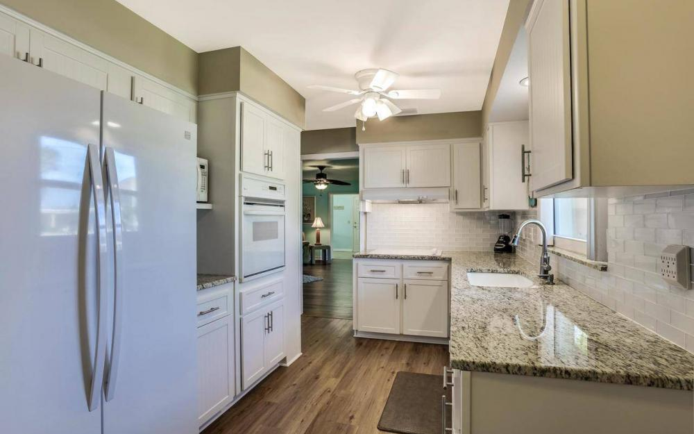 420 Madison Ct, Fort Myers Beach - Home For Sale 535605953