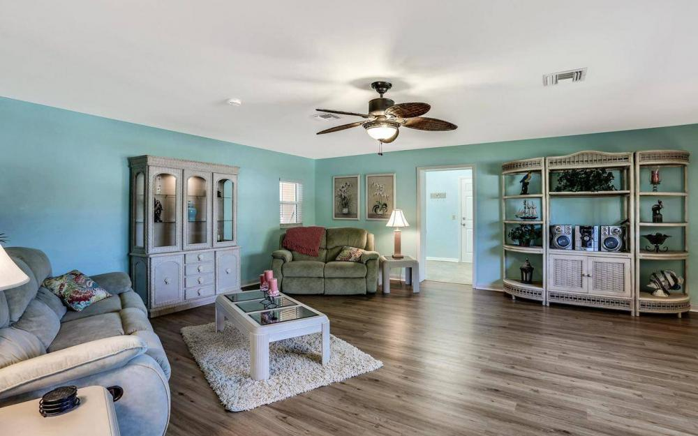 420 Madison Ct, Fort Myers Beach - Home For Sale 1113959793