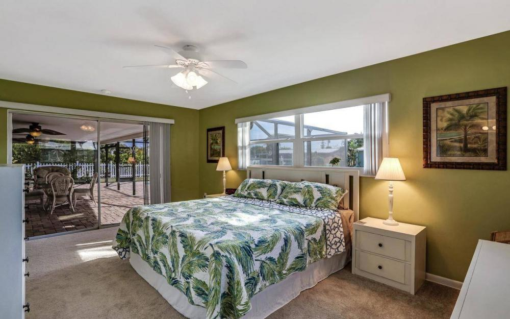 420 Madison Ct, Fort Myers Beach - Home For Sale 650074387