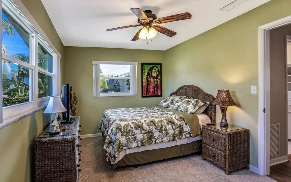420 Madison Ct, Fort Myers Beach - Home For Sale 380259507