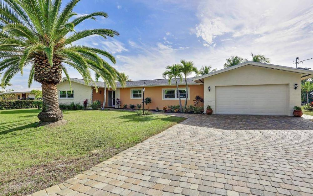 420 Madison Ct, Fort Myers Beach - Home For Sale 943561492