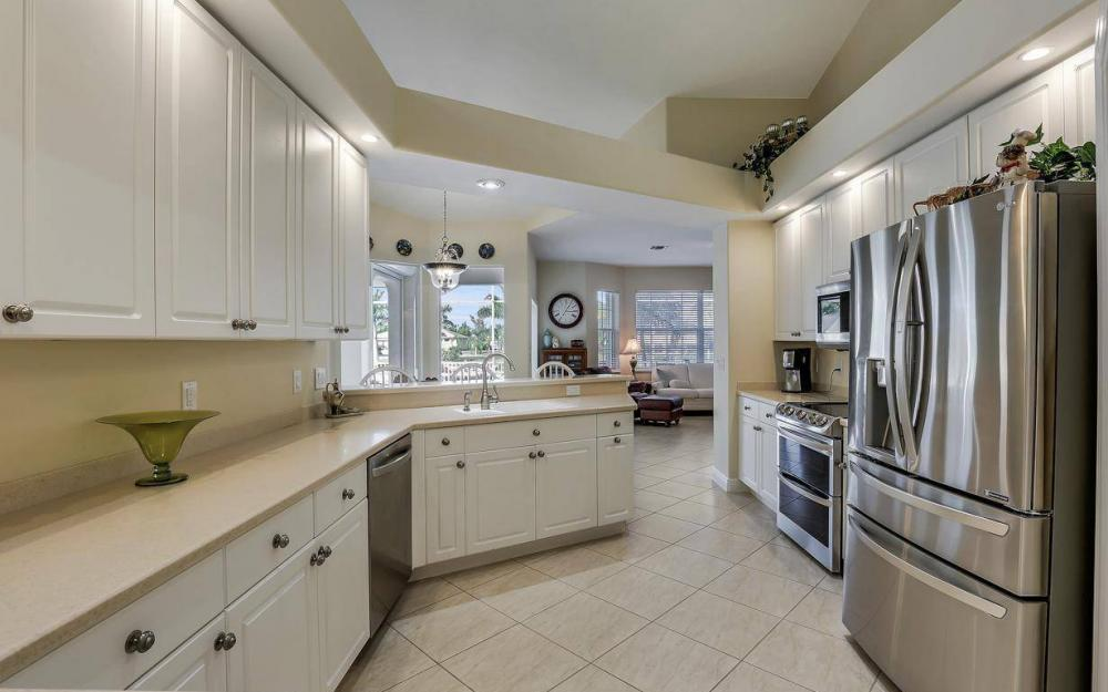 2115 SW 41st St, Cape Coral - Home For Sale 1098797269