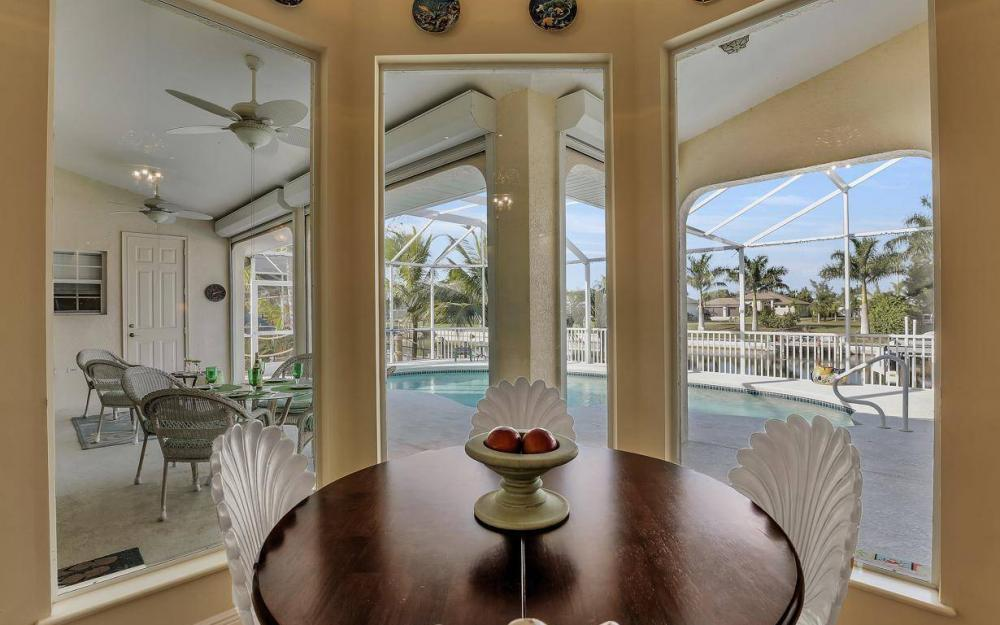 2115 SW 41st St, Cape Coral - Home For Sale 680743049