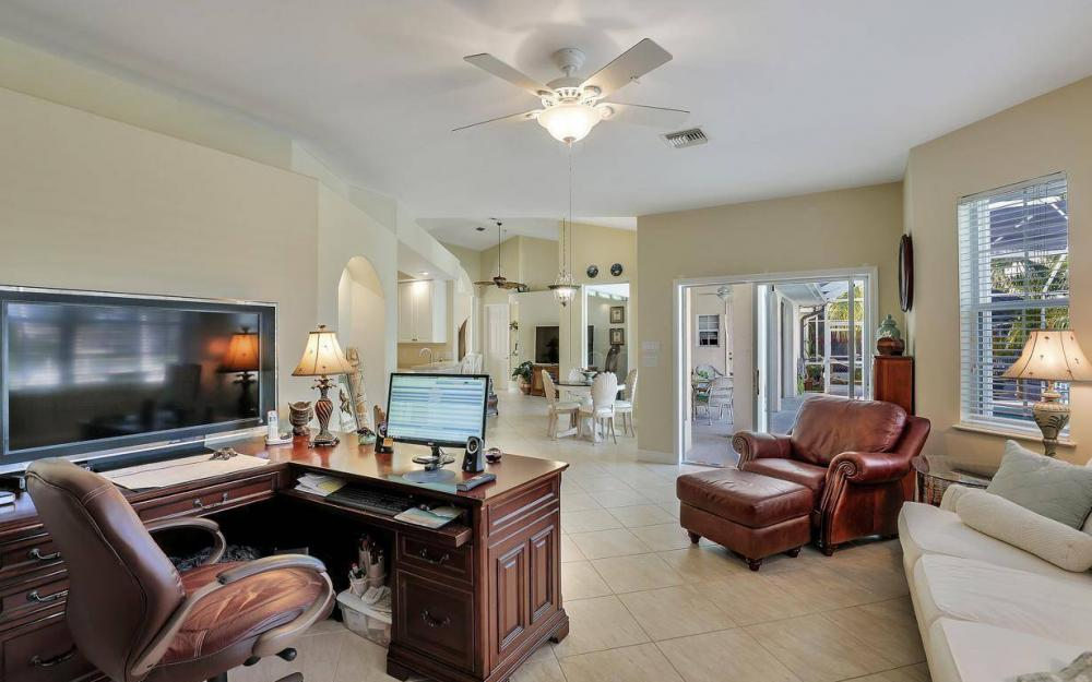 2115 SW 41st St, Cape Coral - Home For Sale 1743964088