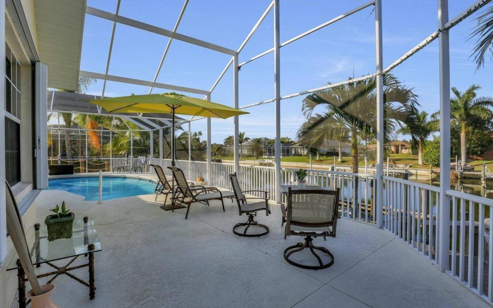 2115 SW 41st St, Cape Coral - Home For Sale 1161576178