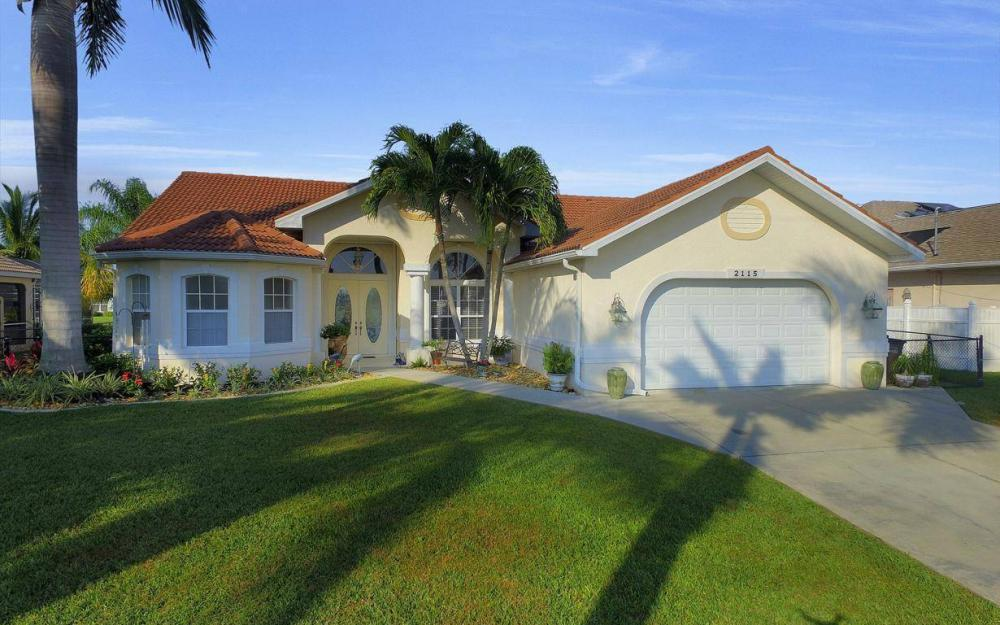 2115 SW 41st St, Cape Coral - Home For Sale 265252688