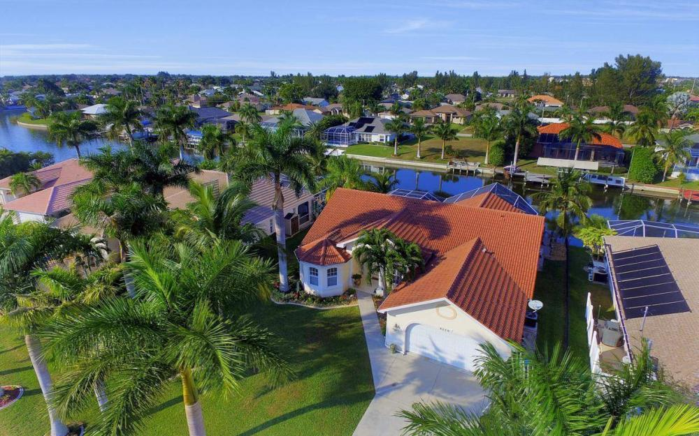 2115 SW 41st St, Cape Coral - Home For Sale 158952522