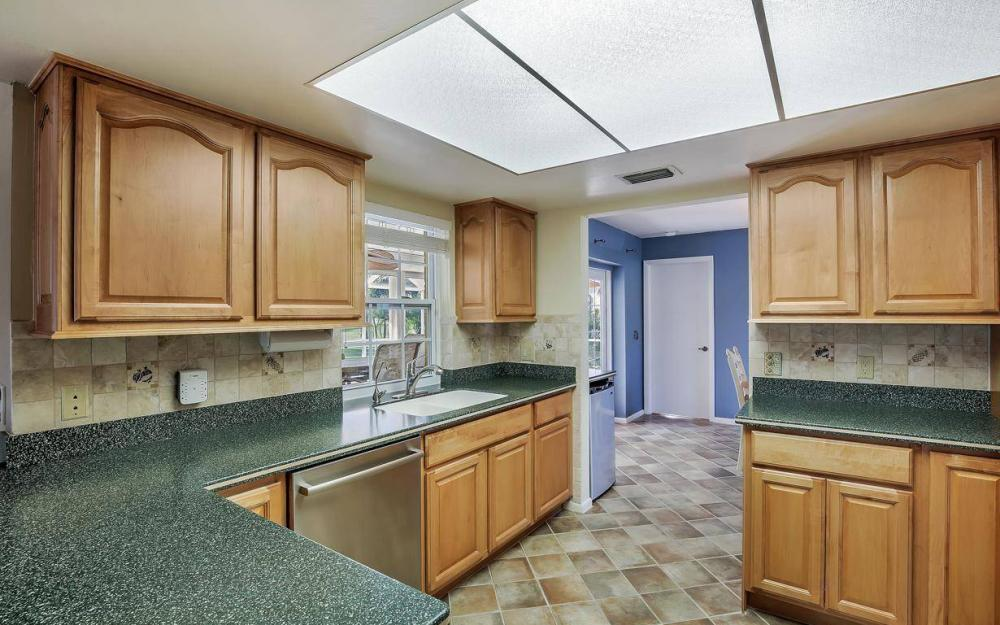 852 SW 18th Ter, Cape Coral - Home For Sale 987137715