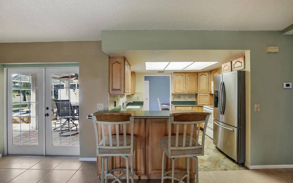 852 SW 18th Ter, Cape Coral - Home For Sale 1524328031