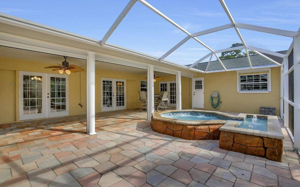 852 SW 18th Ter, Cape Coral - Home For Sale 1466449914