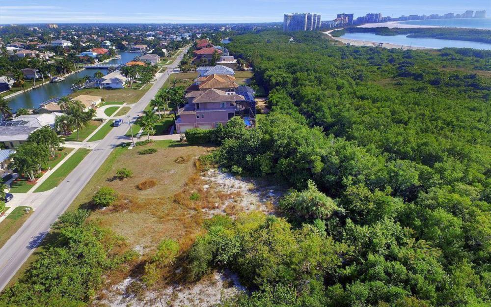594 Spinnaker Dr, Marco Island - Lot For Sale 473874123