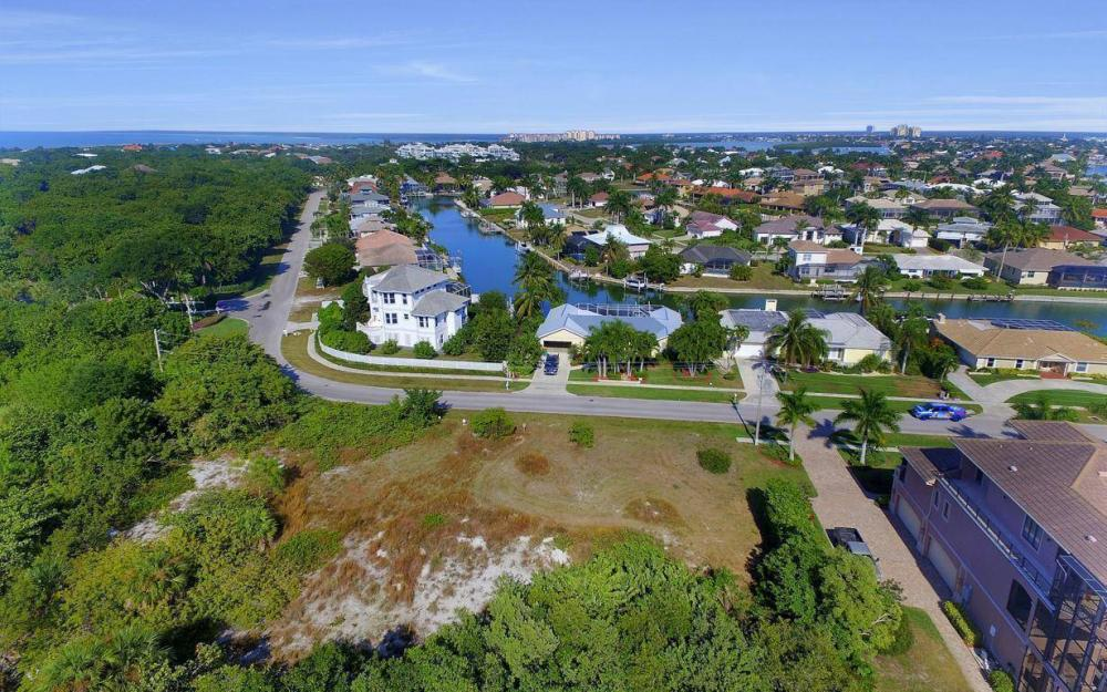 594 Spinnaker Dr, Marco Island - Lot For Sale 67185571
