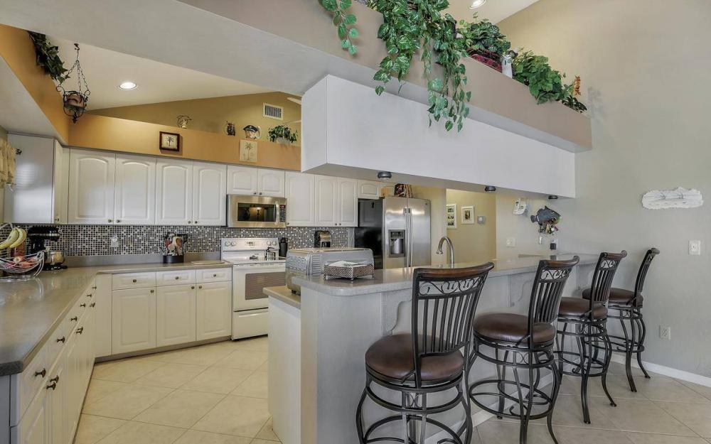 595 Fieldstone Dr, Marco Island - Home For Sale 1620723020