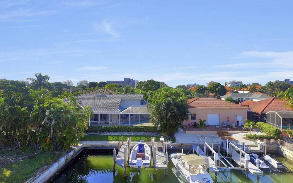 595 Fieldstone Dr, Marco Island - Home For Sale 1937632672