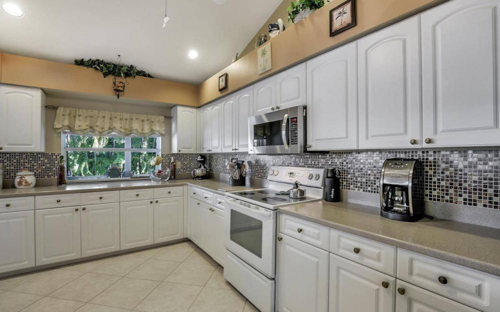 595 Fieldstone Dr, Marco Island - Home For Sale 1418404676