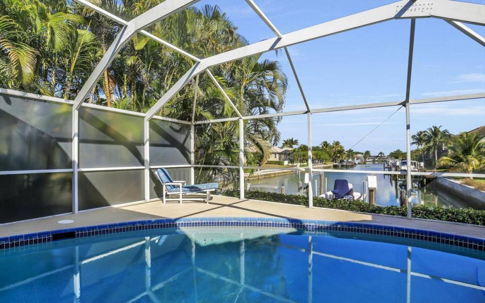 595 Fieldstone Dr, Marco Island - Home For Sale 1078540405