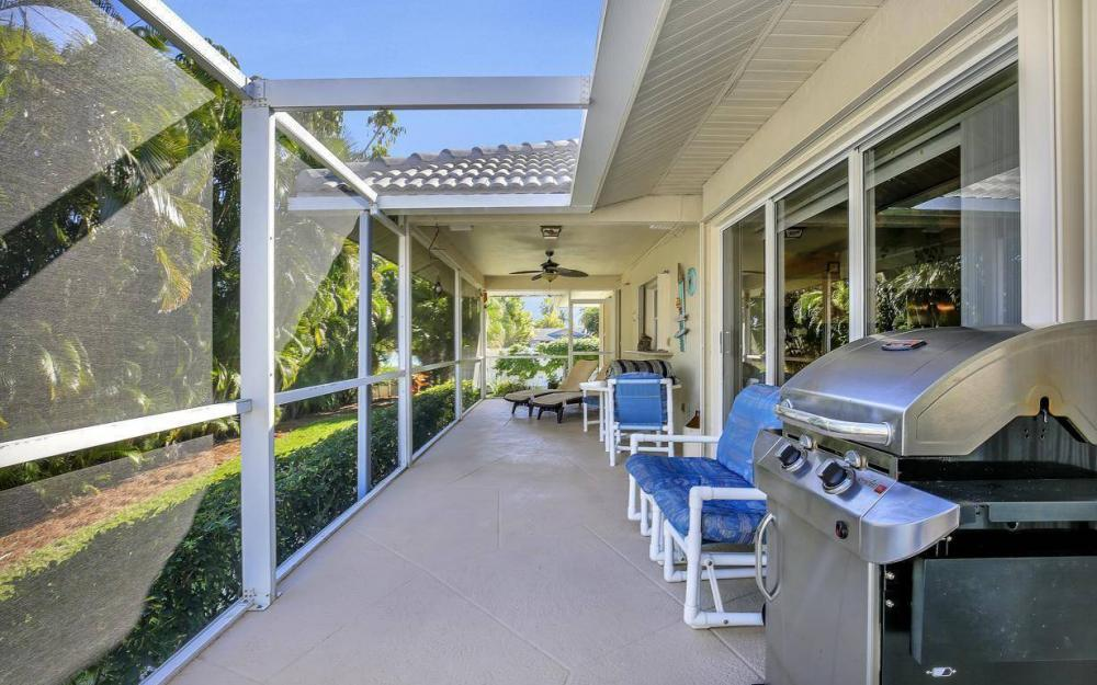 595 Fieldstone Dr, Marco Island - Home For Sale 465791925