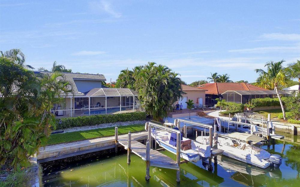 595 Fieldstone Dr, Marco Island - Home For Sale 1647471600