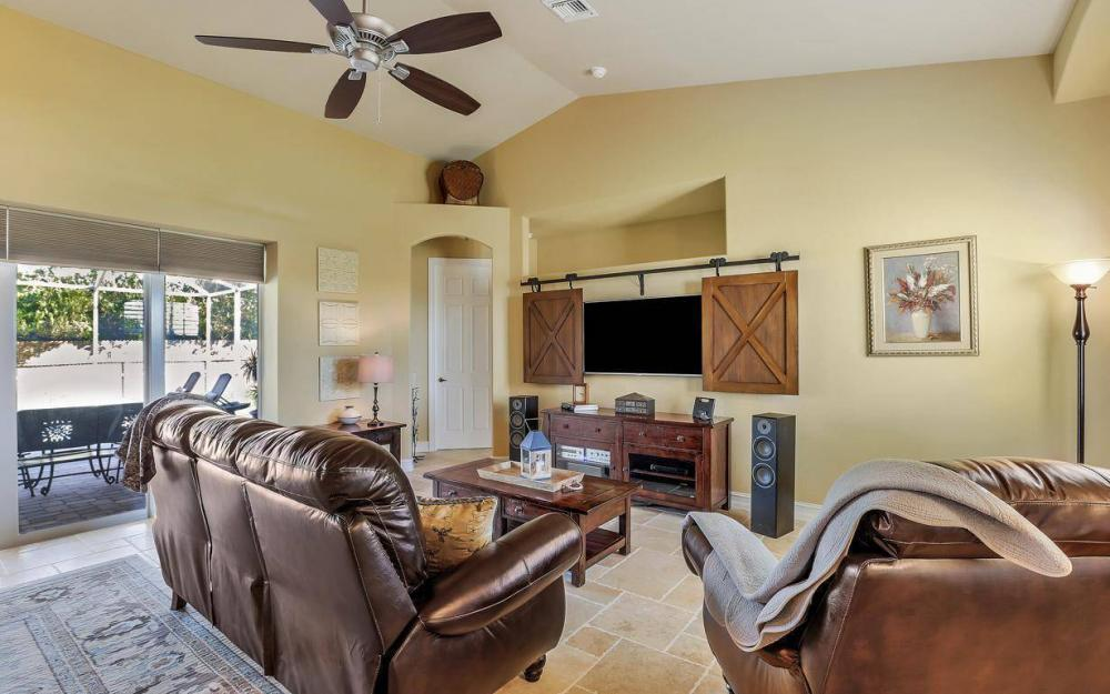 4121 SW 10th Ave, Cape Coral - Home For Sale 1764765923