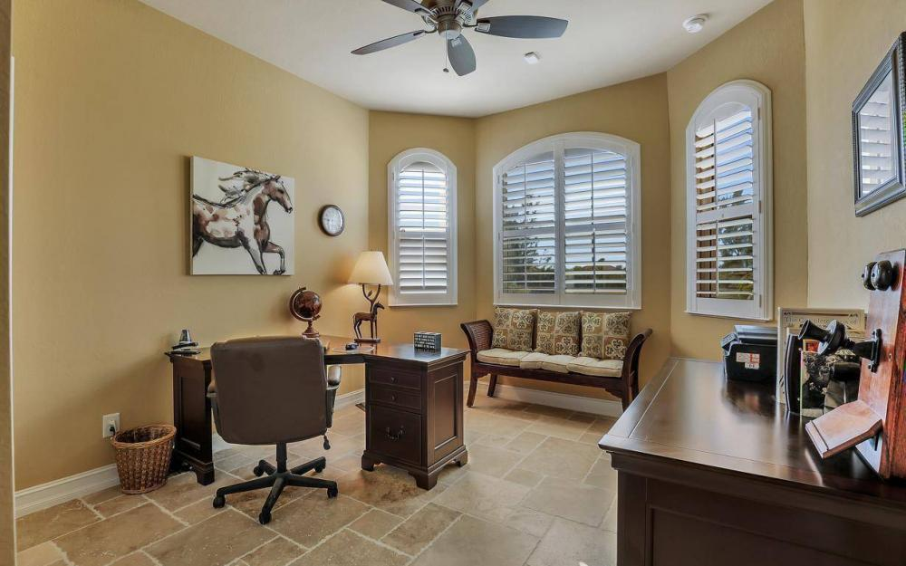 4121 SW 10th Ave, Cape Coral - Home For Sale 194168948