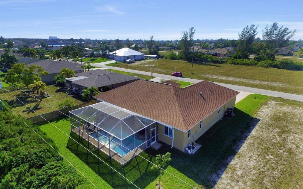 4121 SW 10th Ave, Cape Coral - Home For Sale 816731843