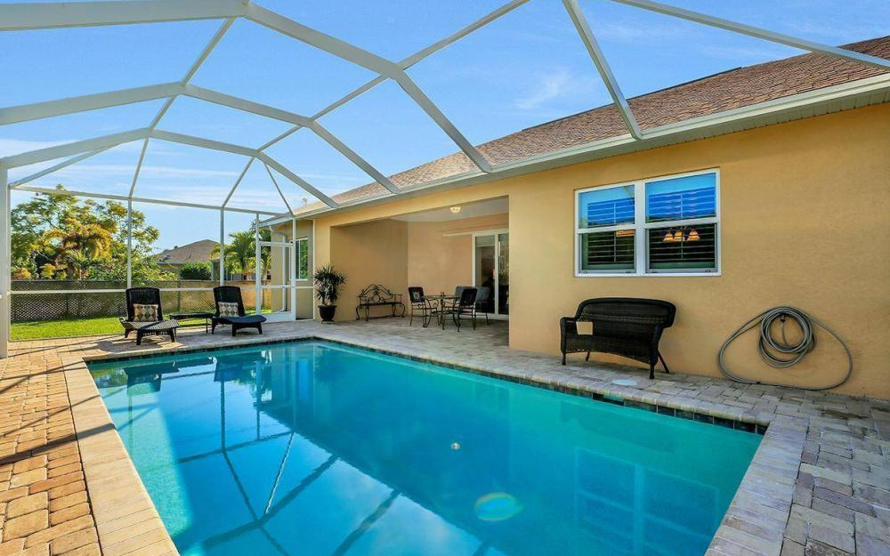 4121 SW 10th Ave, Cape Coral - Home For Sale 301494300