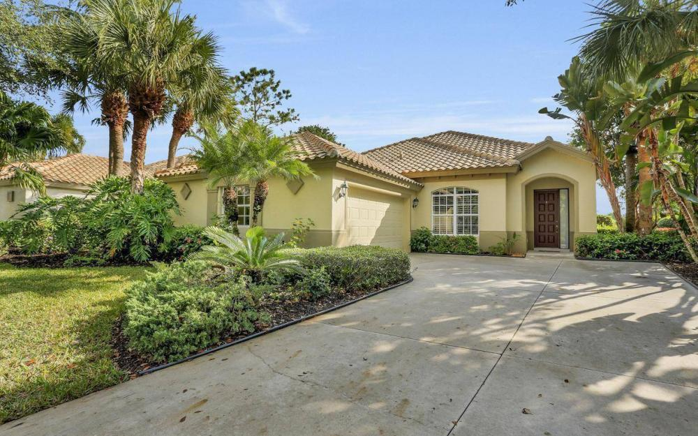 20867 Gleneagles Links Dr, Estero - Home For Sale 249614458