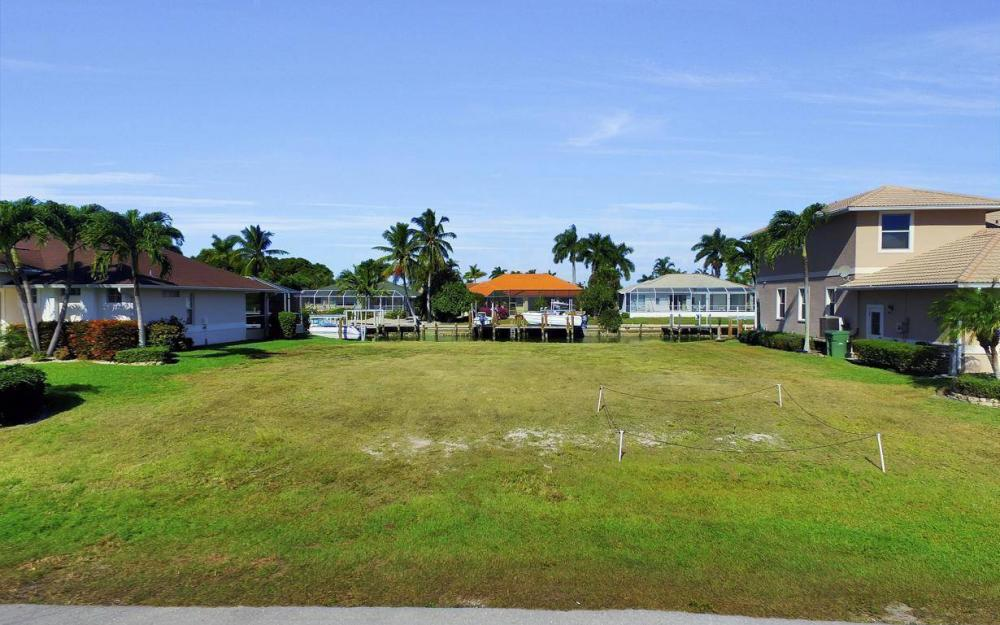 471 Driftwood Ct, Marco Island - Lot For Sale 477405840