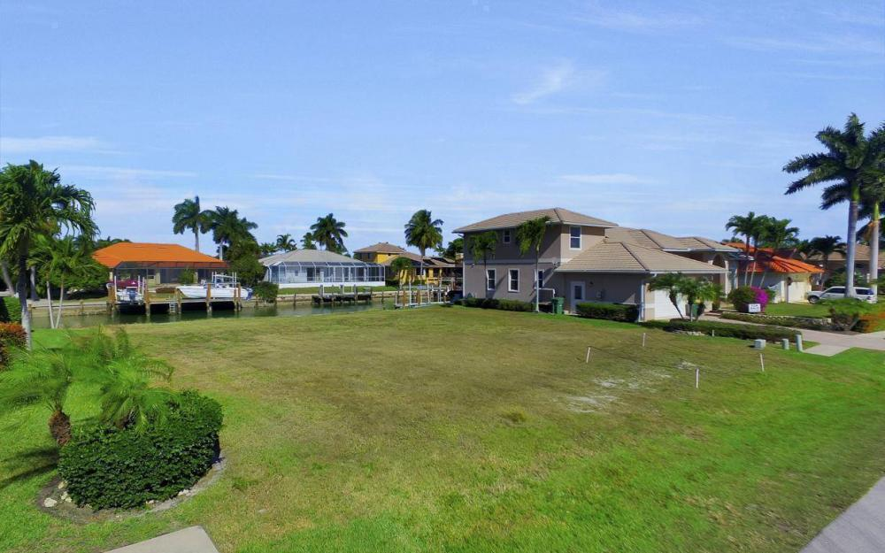 471 Driftwood Ct, Marco Island - Lot For Sale 350515706