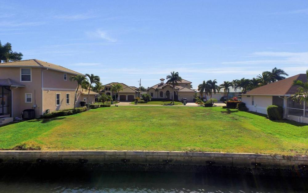 471 Driftwood Ct, Marco Island - Lot For Sale 804498493