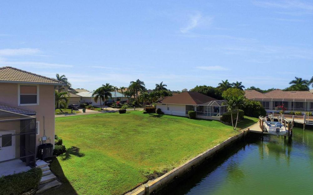 471 Driftwood Ct, Marco Island - Lot For Sale 1438742422