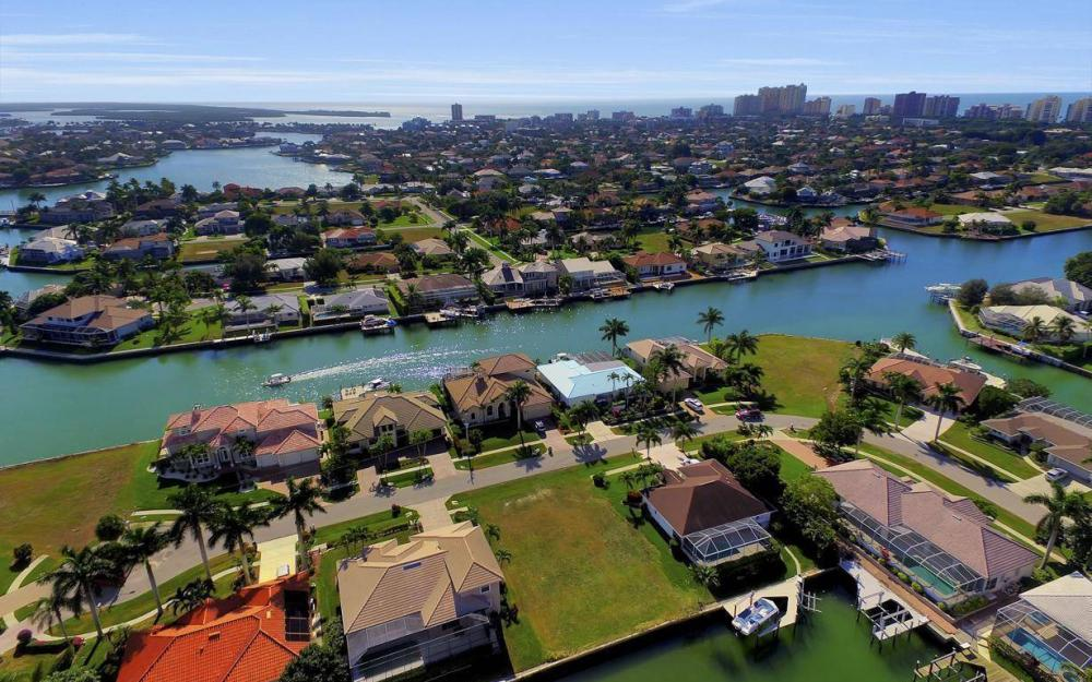 471 Driftwood Ct, Marco Island - Lot For Sale 606644331