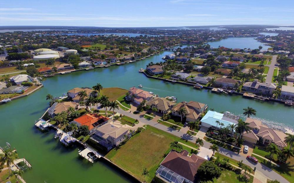 471 Driftwood Ct, Marco Island - Lot For Sale 335906558