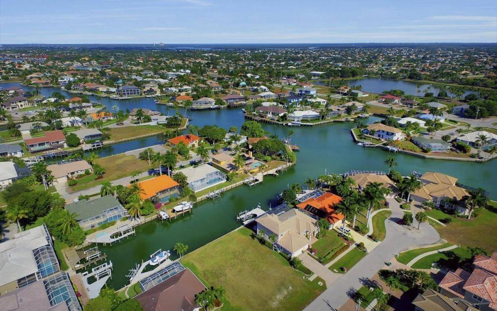471 Driftwood Ct, Marco Island - Lot For Sale 524264873