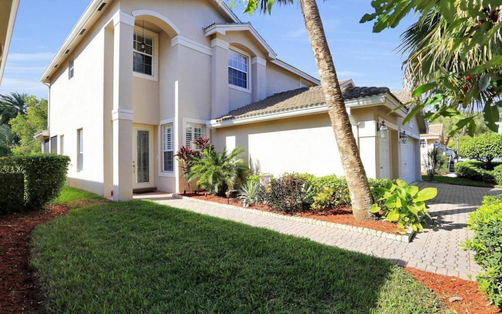2351 Butterfly Palm Dr, Naples - Home For Sale 754496112