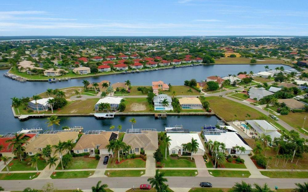 131 June Ct, Marco Island - Home For Sale 1969444992