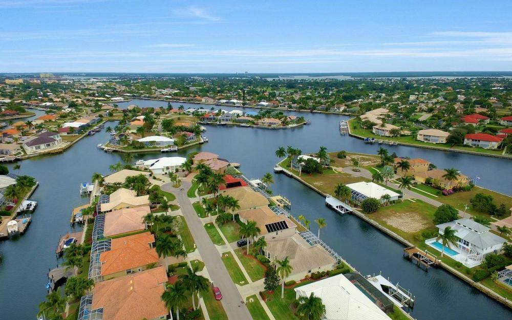 131 June Ct, Marco Island - Home For Sale 1901650465