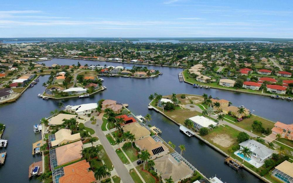 131 June Ct, Marco Island - Home For Sale 969405563
