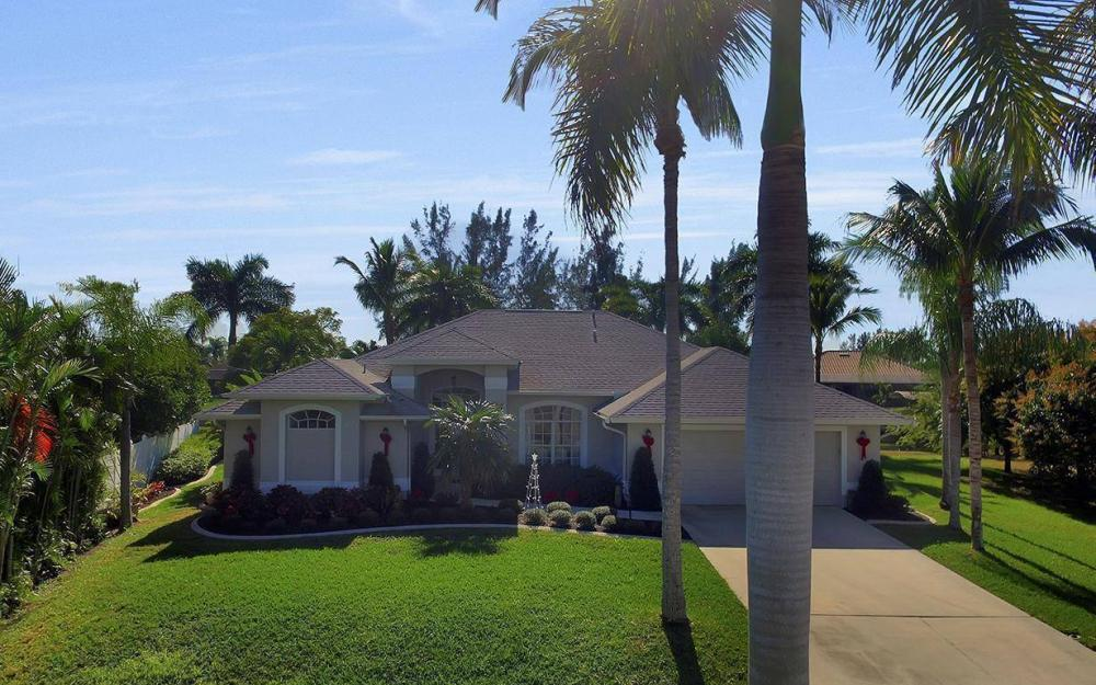 1824 SW 45th St, Cape Coral - Home For Sale 212862017